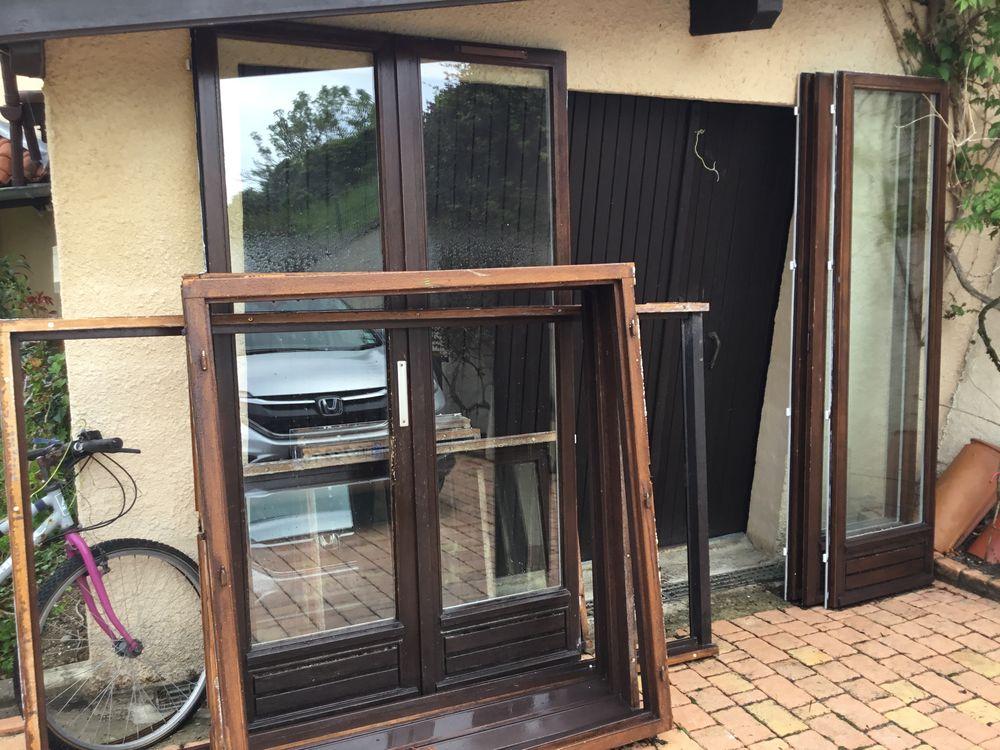 Fenetres et portes fenêtres bois 0 Vienne (38)