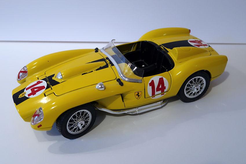 Ferrari 250 Testa Rossa 1957 BUGARO 1/18 15 Bondoufle (91)
