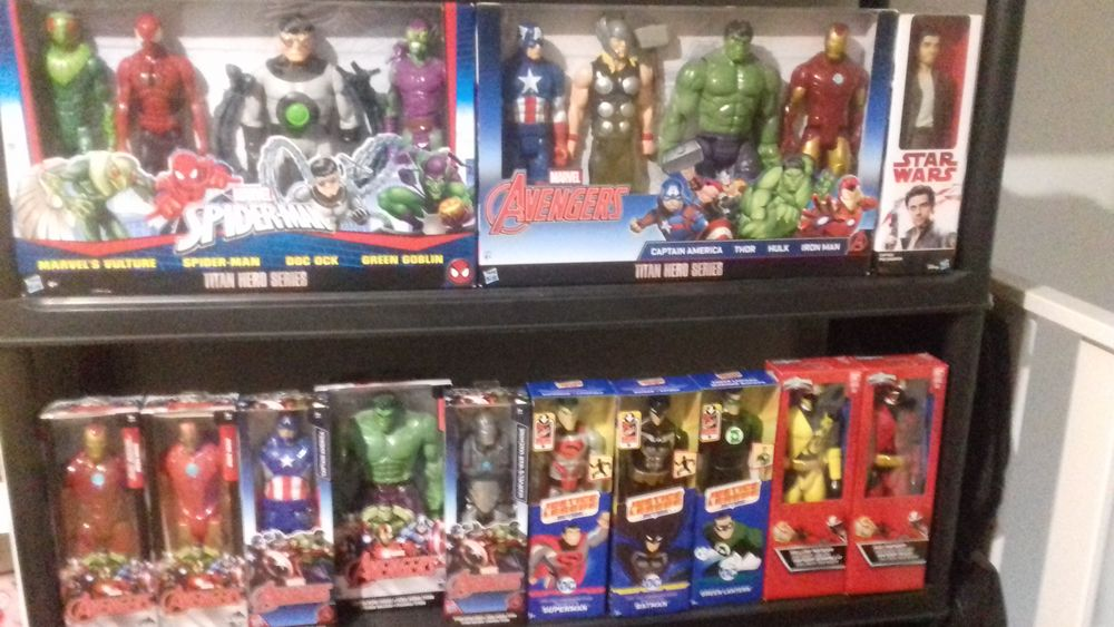 Figurines 30cm avengers spiderman power rangers etc.. 15 Caudry (59)