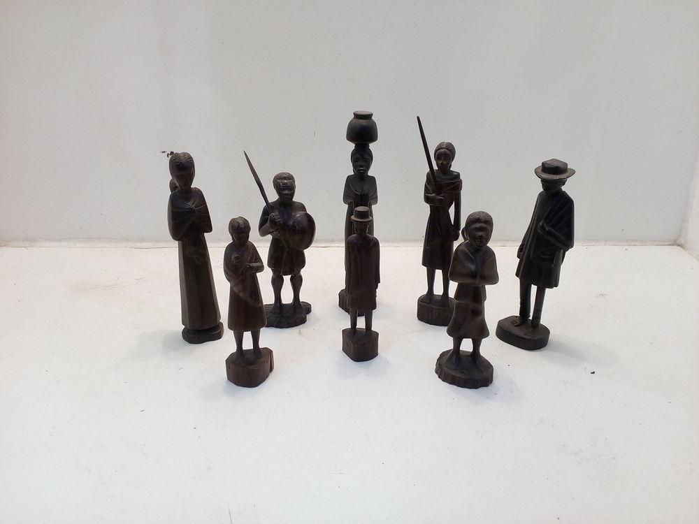 Lot de figurines en bois Décoration