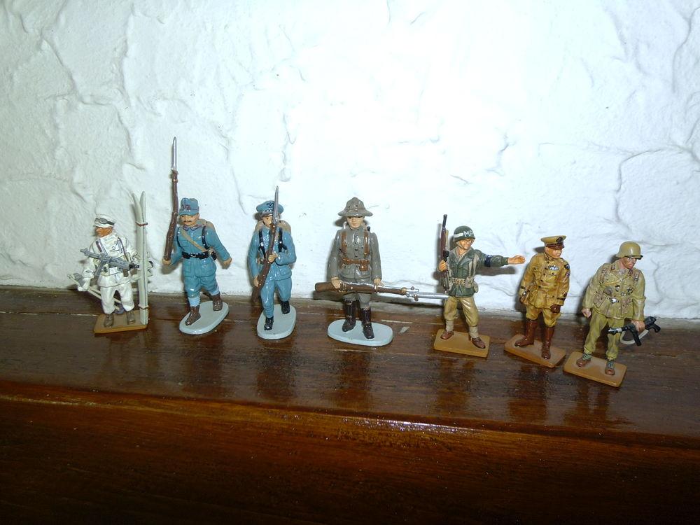 figurines de collection 150 Saugnac-et-Cambran (40)