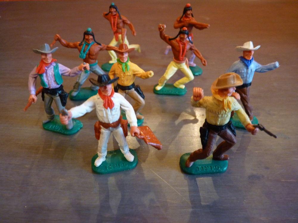 Figurines indiens et cow boys marque TIMPO 25 Saint-Pargoire (34)