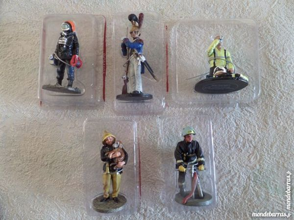 figurines de pompiers  editions cobra 8 Lyon 8 (69)