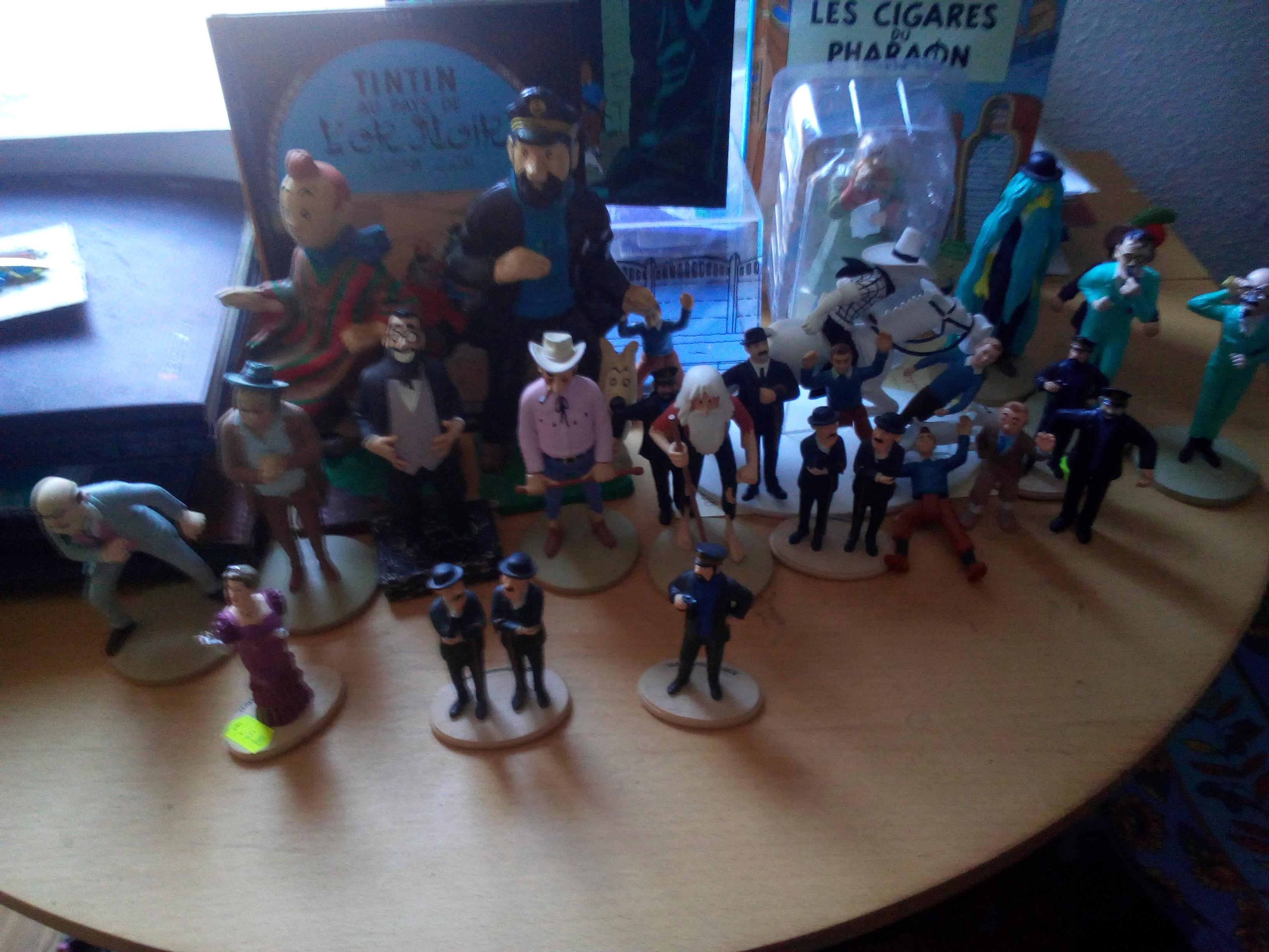 figurines TINTIN Moulinsart 10 Lyon 1 (69)
