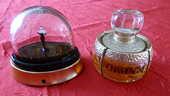 flacon et boule à neige parfum  0 Thorigny-sur-Marne (77)