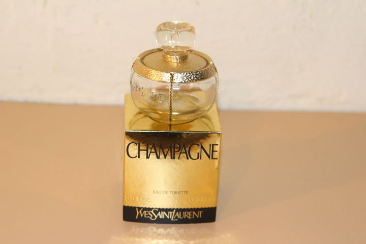 Flacon parfum  Champagne   20 Liévin (62)