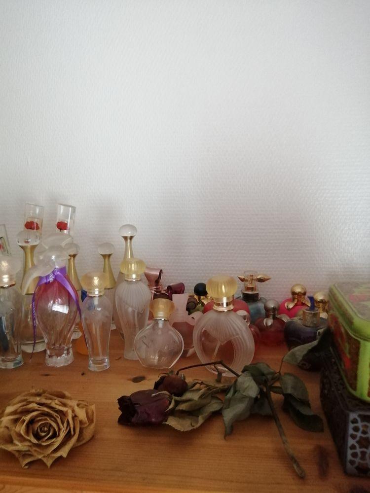 Flacon parfum,  0 Rennes (35)