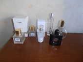 Flacons de parfum (63) 1 Tours (37)