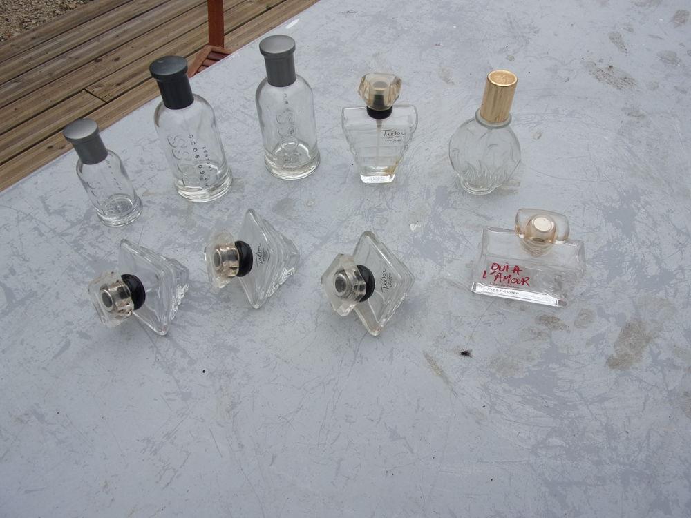 Flacons de parfum 15 Souvignargues (30)