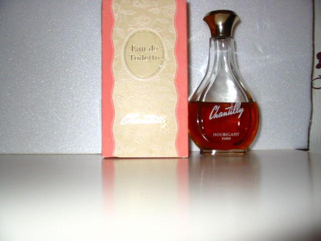 Flacons de parfums anciens 15 Saint-Léonard (62)