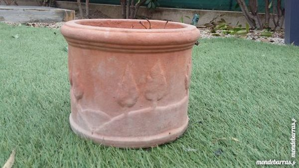 Pot de fleur en terre 5 Lézignan-la-Cèbe (34)