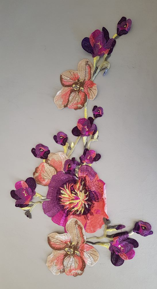 Fleur en tissu brodé 57x22 cm à coudre  8 Carnon Plage (34)