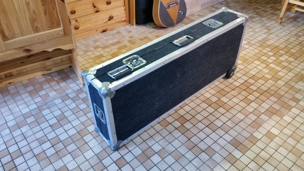 FLIGHT CASE POUR SYNTHETISEUR 50 Basse-Goulaine (44)