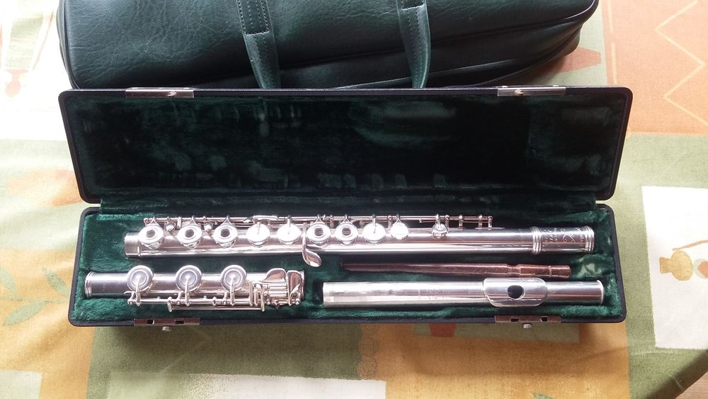 Flute traversière semi pro, made in USA, tout argent massif 750 Grasse (06)