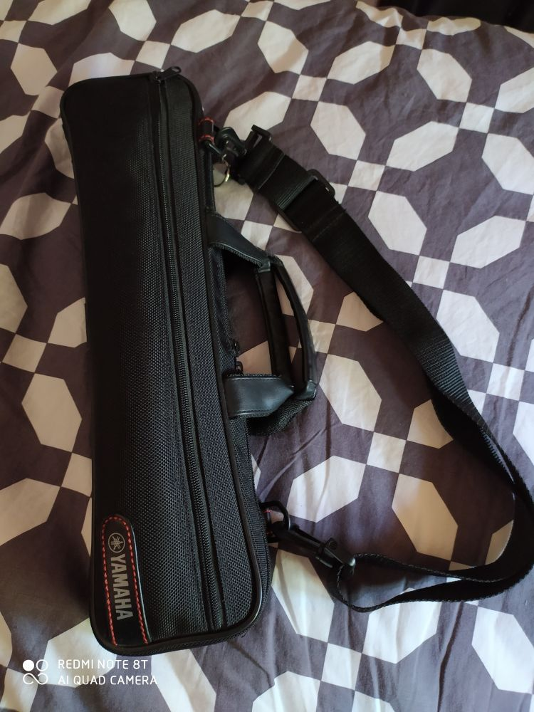flûte traversière Yamaha avec housse. 600 Villeneuve-sur-Lot (47)