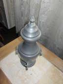 une fontaine en étain 40 Poissy (78)