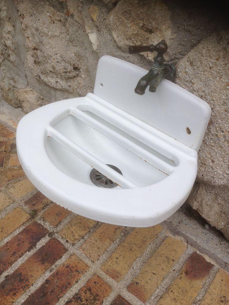 fontaine évier fonte émaillée 1900 Jardin