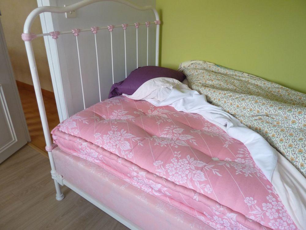 meubles occasion nantes 44 annonces achat et vente de meubles paruvendu mondebarras page 90. Black Bedroom Furniture Sets. Home Design Ideas