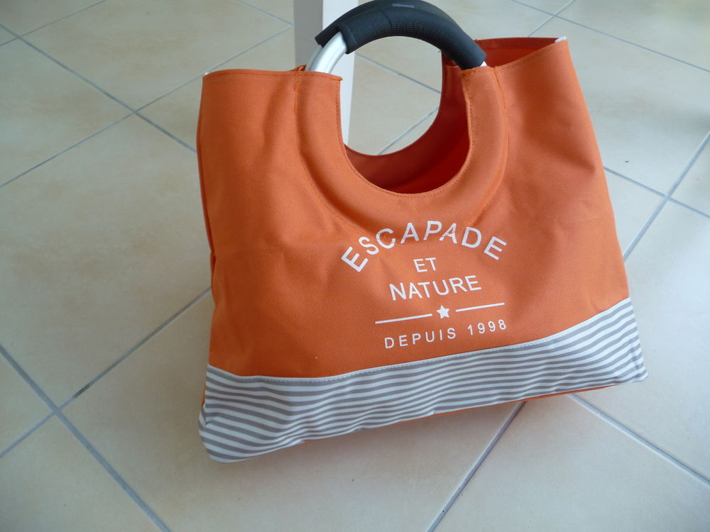 Sac forme cabas orange - N E U F 10 Montigny-le-Bretonneux (78)