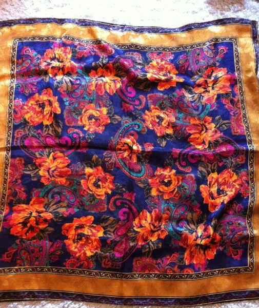 43ae8cc5d4e6 Achetez foulard carré hermes occasion, annonce vente à Paris (75 ...