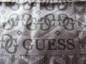 foulard GUESS 8 Limay (78)