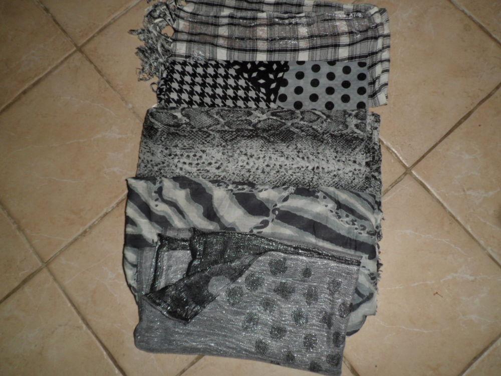lot de 5 foulard noir 4 Saint-Chéron (91)