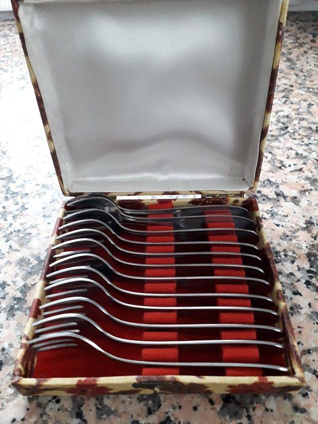 12 fourchettes huîtres inox Dans Coffret 8 Sarcelles (95)