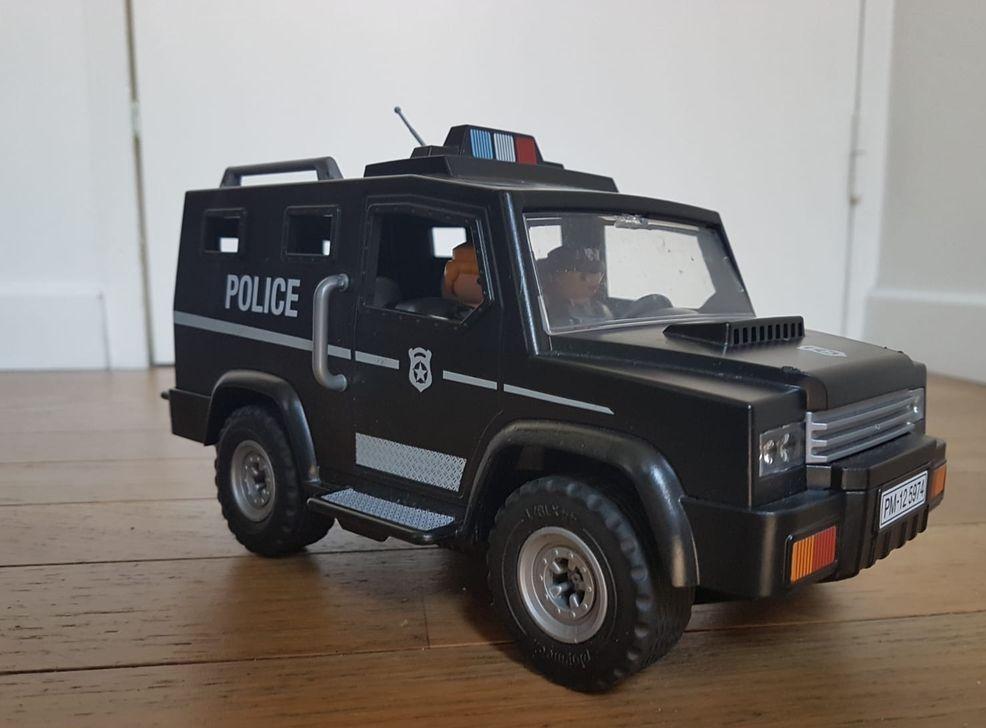 fourgon Police Playmobil 10 Beauchamp (95)