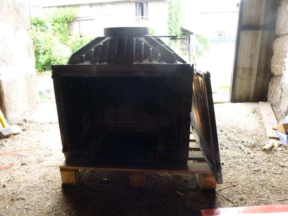 foyer rené brisach 110 Bessines-sur-Gartempe (87)