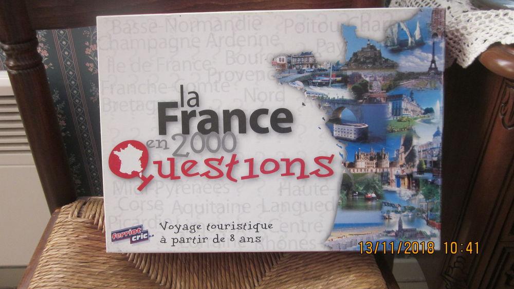 Jeu  la France en 2000 questions  2 Soucelles (49)