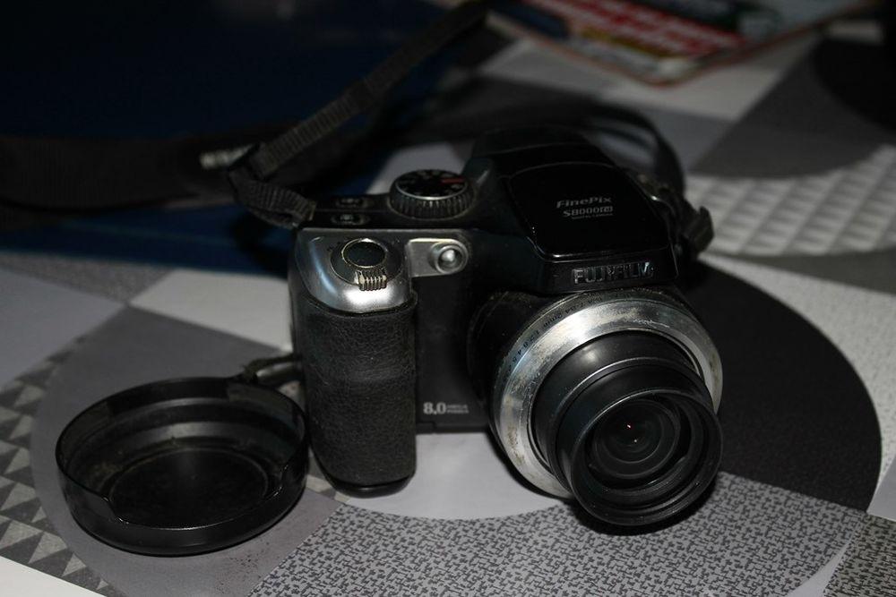APN Fuji fine Pix  s8000fd 45 Armentières (59)