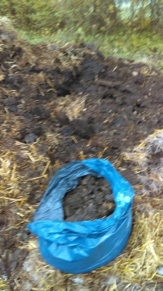 fumier de cheval en sac livré  6 Bellou-le-Trichard (61)