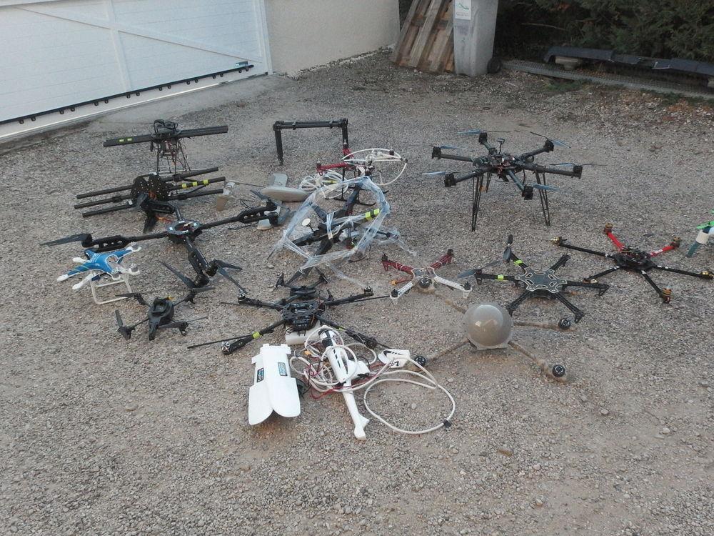 lot fuselage de drone + nombreux accessoires 10 Douvres (01)