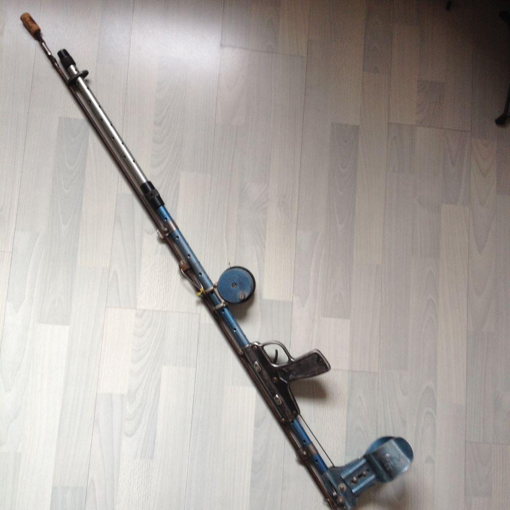 Fusil pêche sous marine à ressort marque Douglas 125 Nice (06)
