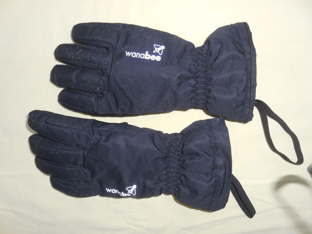 gant de ski  wanabee  14 ans  .  8 Pontault-Combault (77)