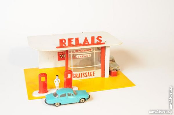 Garage automobile en bois type Starluxe vers 1950 50 Lyon 1 (69)