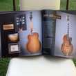 THE GIBSON COLLECTION JEAN-LOUIS BOUYSSOU Instruments de musique