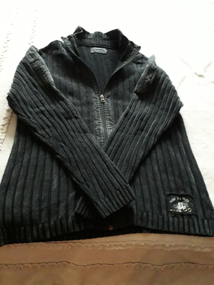 GILET HOMME ARMAND THIERRY 7 Beynes (78)