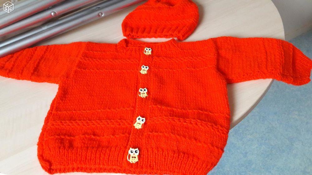 gilet rouge fille 12 mois a 24 mois +bonnet assorti neuf 4 Quetigny (21)