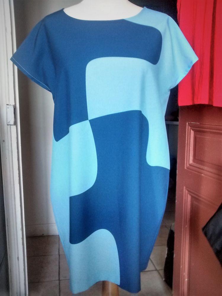 Giorgia & Johns Robe Puzzle Courte Taille M 12 Nice (06)