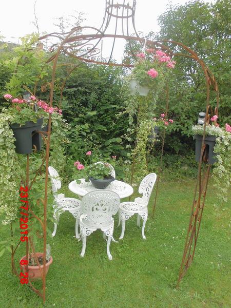 Achetez gloriette fer forge occasion annonce vente for Gloriette de jardin en fer forge