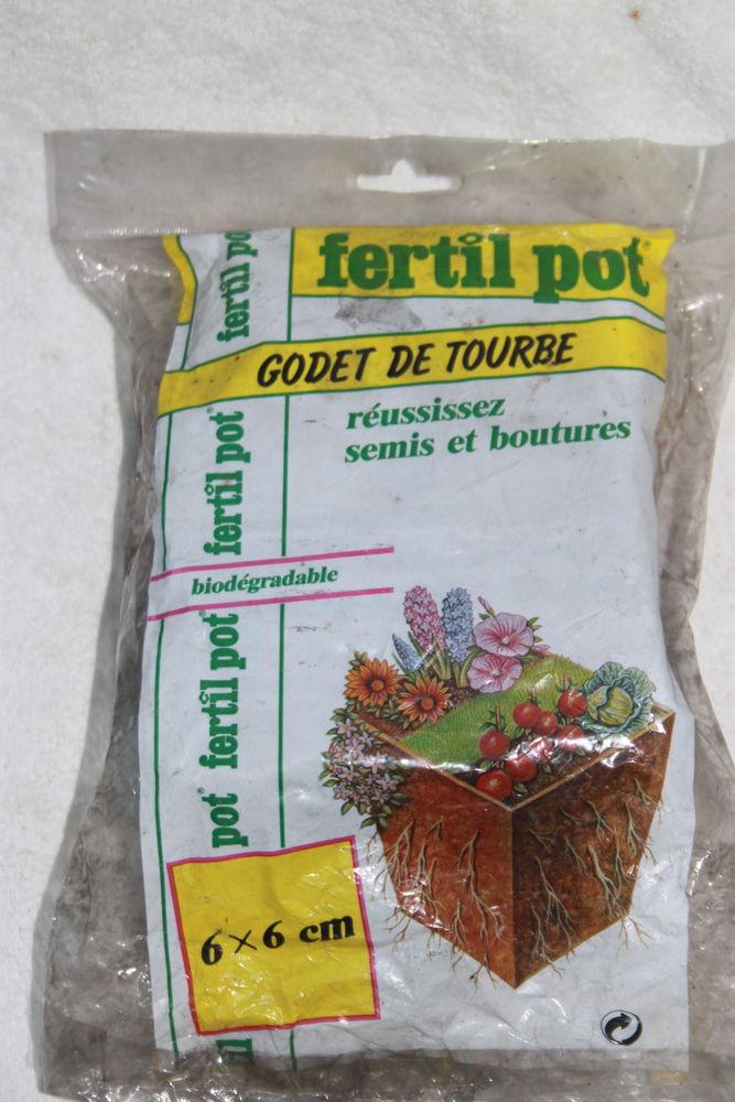 Godets de tourbe  3 Montigny-Lencoup (77)