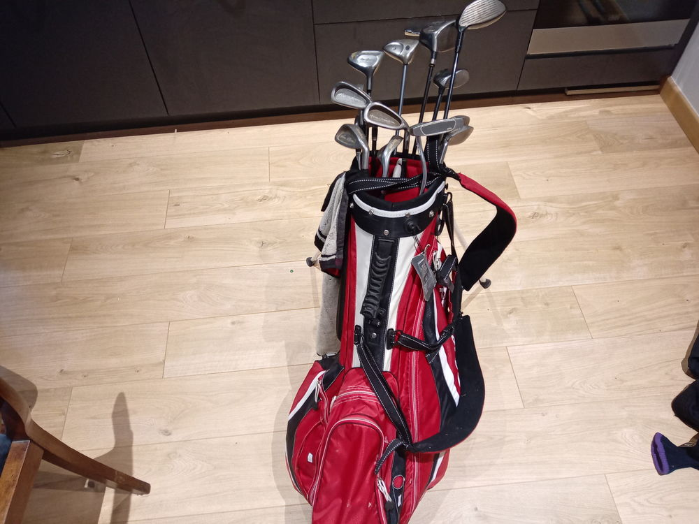 sac de golf neuf plus série de fer Cleveland et bois Sports