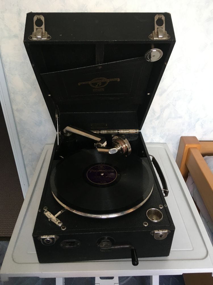 Gramophone valise COLOMBIA N°109A 0 Mulhouse (68)