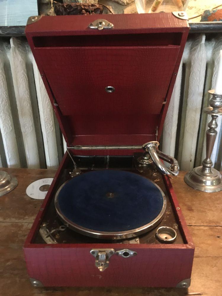 Gramophone 250 Bordeaux (33)
