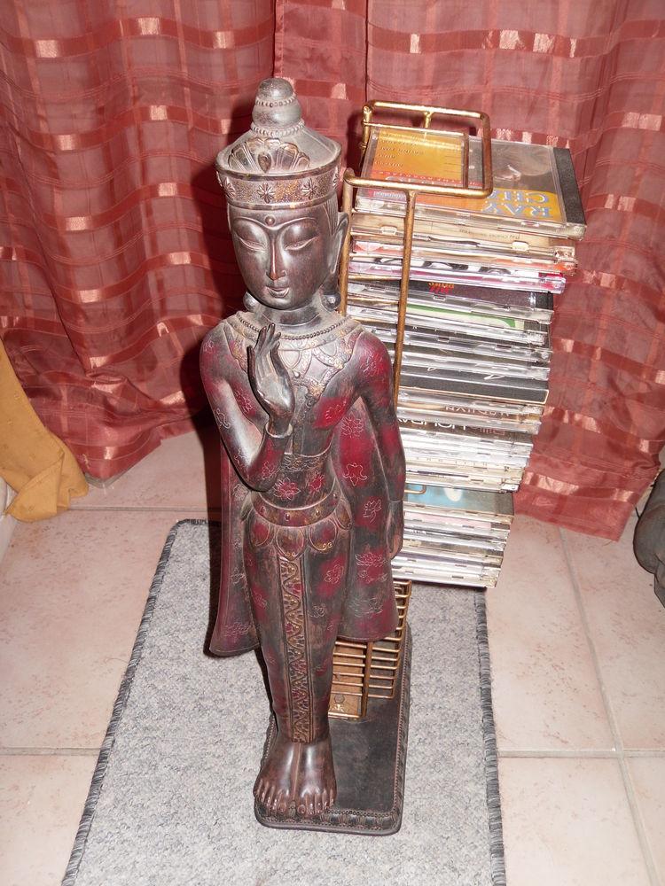 Grand Bouddha débout 67 cm (range CD) Statue de Couleur Marr 25 Neuville-de-Poitou (86)