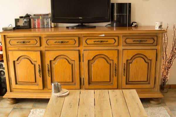 meubles rustiques occasion agen 47 annonces achat et vente de meubles rustiques paruvendu. Black Bedroom Furniture Sets. Home Design Ideas