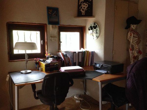 achetez grand bureau d 39 angle occasion annonce vente. Black Bedroom Furniture Sets. Home Design Ideas