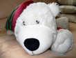 Grand chien blanc en peluche