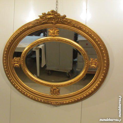 Grand miroir ovale à parecloses, medaillon 700 Paris 15 (75)